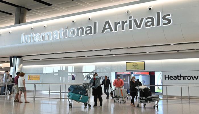 برطانیہ نے پاکستان کو سفری پابندیوں کی ریڈ لسٹ میں شامل کر لیا