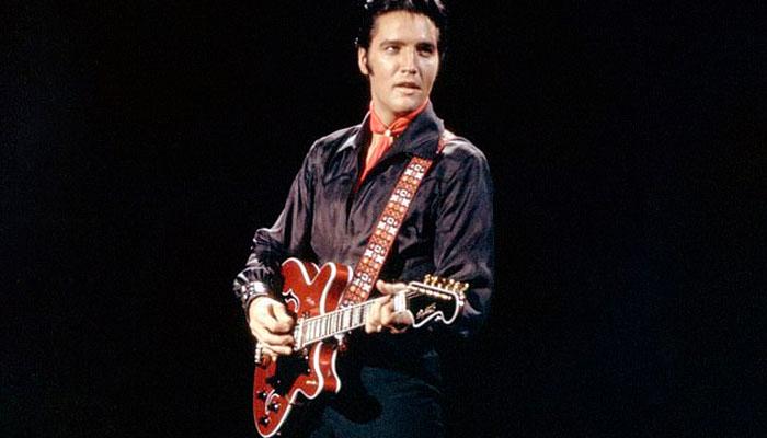 ایلوس پریسلےکا الیکٹرک گٹار 4 لاکھ 50 ہزار ڈالر میں نیلام