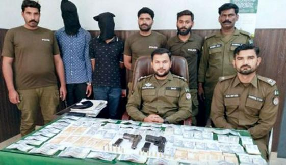 ساہیوال: پولیس کارروائی میں 2 ڈکیت گرفتار