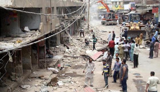 کراچی، نالے پر بنائے گئے پختہ تعمیرات کے خلاف کارروائی