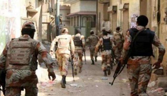 کراچی: رینجرز کا جرائم پیشہ عناصر کیخلاف سرچ آپریشن جاری