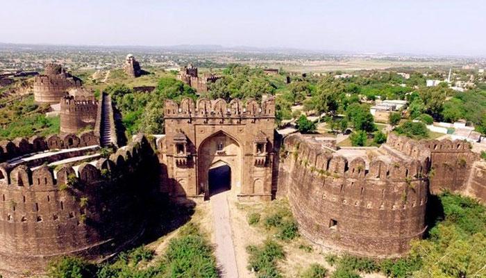 جہلم، قلعہ روہتاس روشنیوں سے جگمگا اٹھا