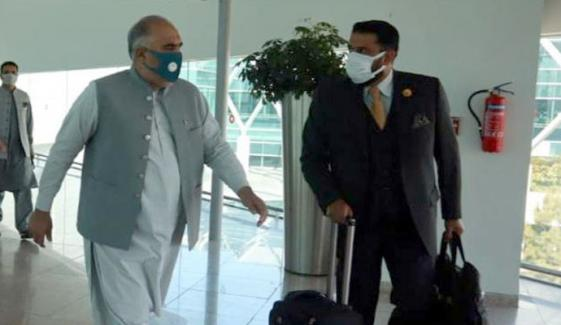 کابل ایئرپورٹ بند، اسپیکر قومی اسمبلی کا جہاز واپس