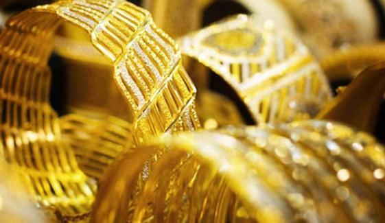 ملک میں سونے کی فی تولہ قیمت میں 100 روپےکا اضافہ