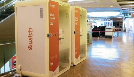 کورونا کے سبب گھر میں کام سے اکتاہٹ، سنگاپورین کمپنی نے ورکنگ بوتھ بنادیئے
