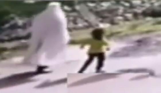 کوہاٹ میں 4 سالہ بچی حریم کے اہلخانہ نے پولیس تفتیش مسترد کردی