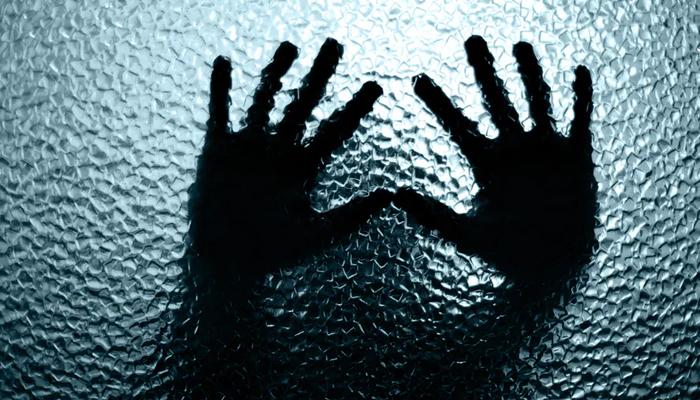 کراچی: شادی کا وعدہ کرکے لڑکی کے ساتھ مبینہ اجتماعی زیادتی