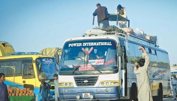 سندھ میں بین الصوبائی پبلک ٹرانسپورٹ پر ہفتے میں دودن کی  پابندی
