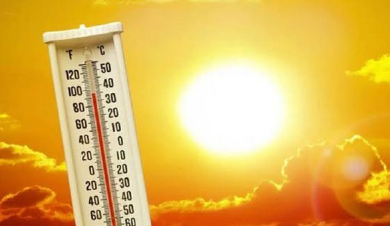 کراچی میں گرمی کی شدت پھر  بڑھنے کا امکان