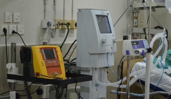 ملک بھر میں کورونا کے 501 مریض وینٹی لیٹرز پر ہیں: این سی او سی