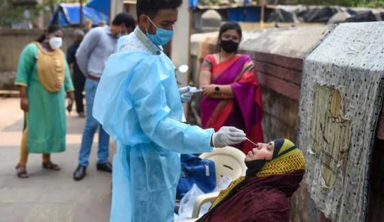 بھارت :پیر سے اب تک 5 مرتبہ ایک لاکھ سےزائد کوروناکیسز