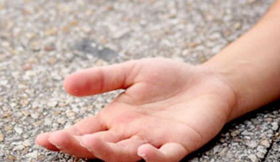 کراچی: گلستان جوہر میں زہریلی چیز کھانے سے 3 بچے ہلاک