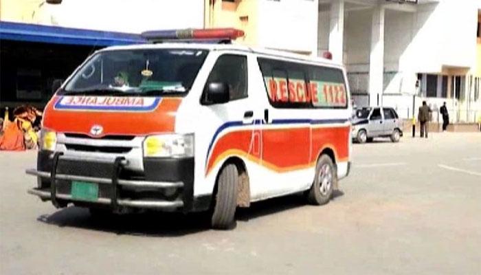 راجن پور: وین اور کار میں تصادم، 2 افراد جاں بحق، 10 زخمی