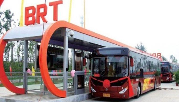 پشاور: بی آر ٹی کیلئے 10 نئی بسوں کی کھیپ آگئی