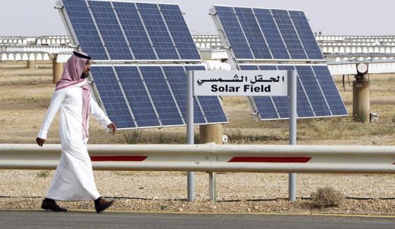 سعودی عرب ہمسایہ ملکوں کو بجلی برآمد کریگا
