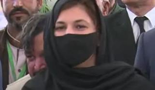 علی اسجد کے گھر مٹھائی لیکر جاؤں گی: نوشین افتخار