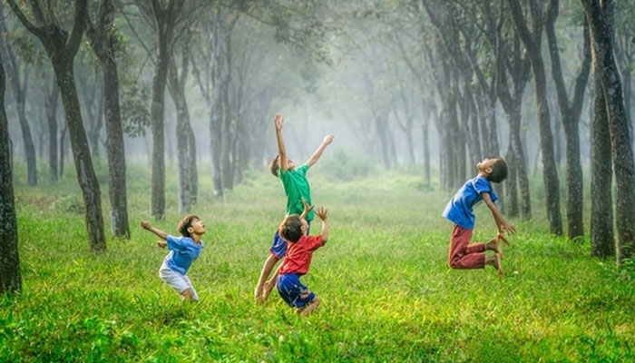 بچپن کی ورزش اور صحت بخش خوراک دماغی اور جسمانی صحت میں اہم کردار ادا کرتا ہے، تحقیق