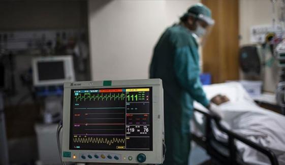 پاکستان میں کورونا وائرس کے مثبت کیسز کی شرح 10 فیصد سے زیادہ