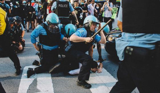 امریکا، پولیس کے ہاتھوں ایک اور سیاہ فام ہلاک