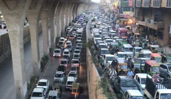 لاہور، چوہنگ میں مراکہ کے مقام پر سڑک ٹریفک کیلئے بند