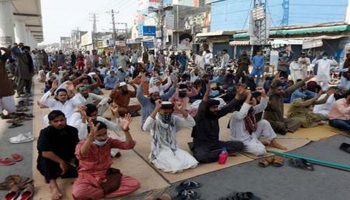 راولپنڈی، خانیوال میں احتجاج جاری، ٹریفک بند