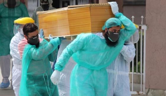 ملک میں کورونا سے مزید 135 افراد کا انتقال