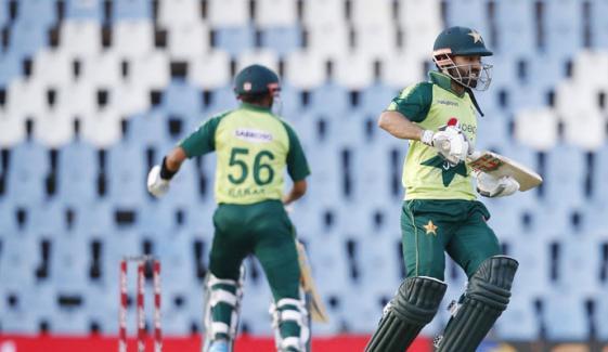 ریکارڈ 204 رنز کا ہدف حاصل، پاکستان تیسرے T20 میں کامیاب