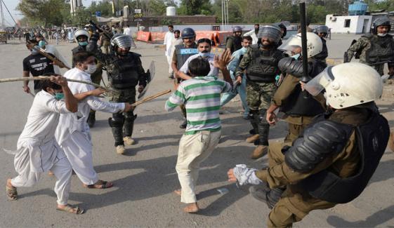 لاہور: 19 مقامات کلیئر، 3 اب بھی بند