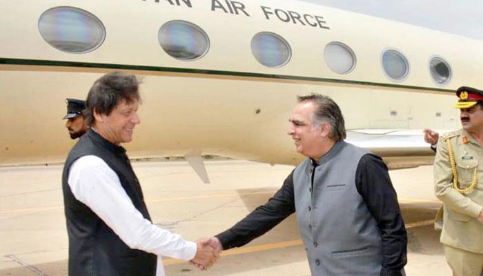 وزیر اعظم عمران خان دورۂ سندھ پر سکھر پہنچ گئے