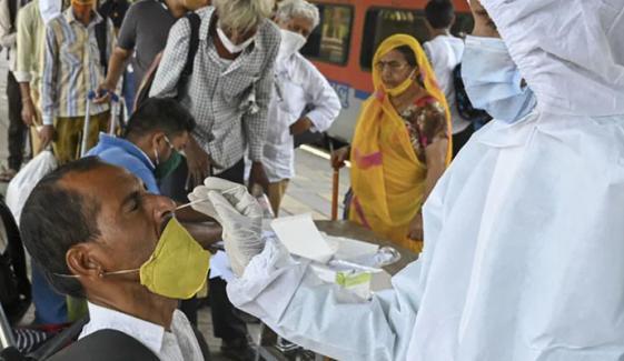 بھارت: مسلسل دوسرے روز 2 لاکھ سے زائد کورونا کیسز ریکارڈ
