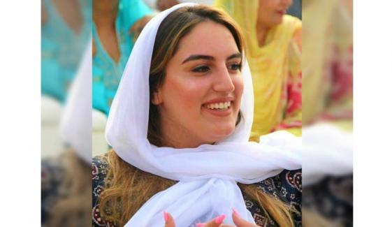 بختاور بھٹو کا پاکستان میں سوشل میڈیا کی جزوی بندش پر ردعمل