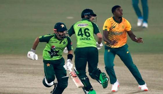 شاندار مقابلہ، پاکستان نے جنوبی افریقا سے میچ اور سیریز جیت لی