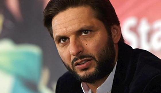 شاہد آفریدی کا شعیب ملک کی ٹیم میں شمولیت کا مطالبہ
