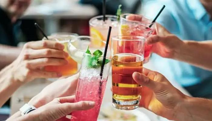 میٹھے مشروبات پر ٹیکس دوگنا کرنے کا مطالبہ