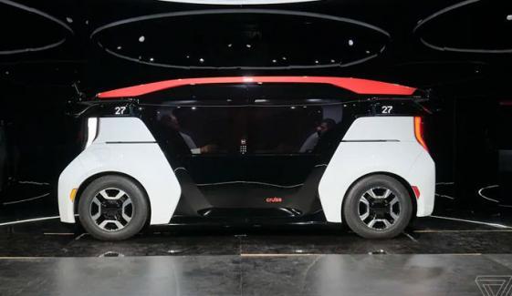دبئی: روبوٹ ٹیکسیاں متعارف کرانےکا اعلان
