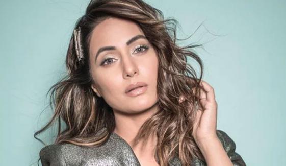 حنا خان کو خوبصورتی پر مداح کی جانب سے دلچسپ دھمکی