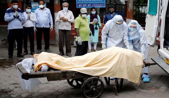 دنیا: کورونا اموات 30 لاکھ 24 ہزار سے متجاوز