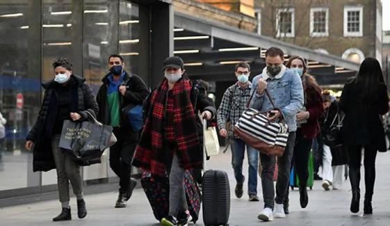 برطانیہ میں کورونا کا زور ٹوٹنے لگا، سات ماہ بعد کم ترین یومیہ اموات رپورٹ