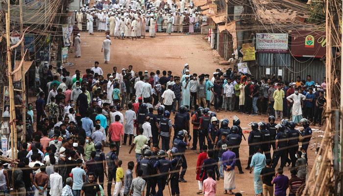 بنگلا دیش : پولیس کی مظاہرین پر فائرنگ، 5 افراد ہلاک