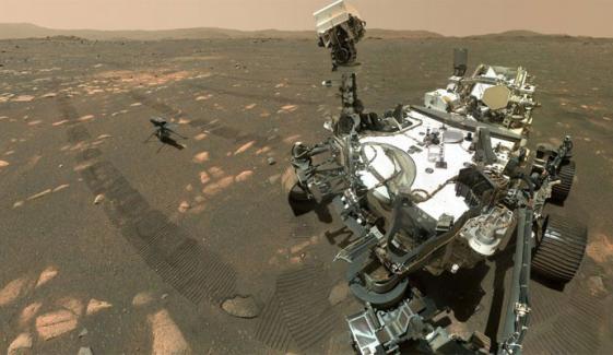 ناسا کے منی ایچر روبوٹ ہیلی کاپٹر انجینیوٹی کی مریخ کی سرزمین پر  تاریخ ساز پرواز