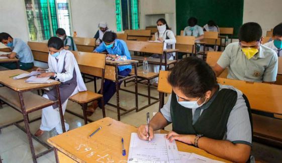 بھارت: 49 طلبہ و اسٹاف سمیت درجنوں افراد کوروناکا شکار
