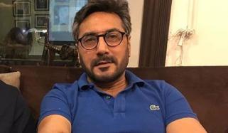 عدنان صدیقی نے کورونا کی پہلی ویکسین لگوالی