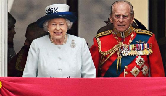 پرنس فلپ کا سوگ: ملکہ برطانیہ اپنی 95 ویں سالگرہ نجی طور پر منائیں گی