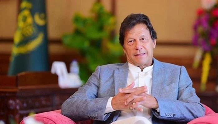 عمران خان اپنا ٹوئٹر اکاؤنٹ خود چلاتے ہیں: فوکل پرسن کا انکشاف