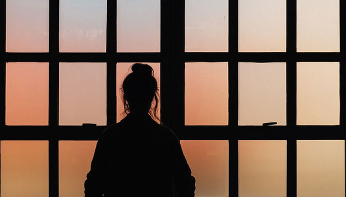 لاڑکانہ  : عدالت نے  نو مسلم لڑکی کو شوہر کے ساتھ رہنے کی اجازت دے دی