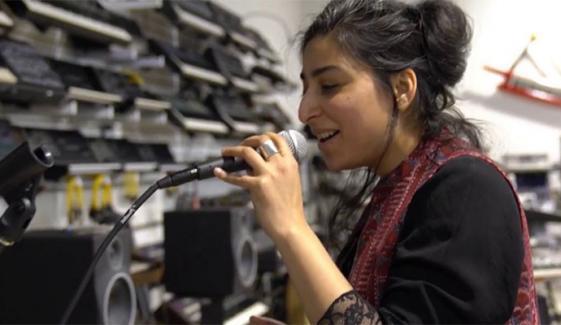 موسیقی کے معروف آن لائن میگزین نے پاکستانی گلوکارہ کو سراہا