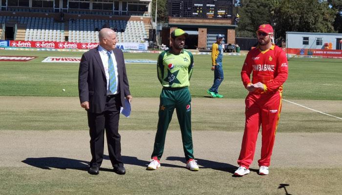 پاکستان کا زمبابوے کیخلاف فیلڈنگ کا فیصلہ