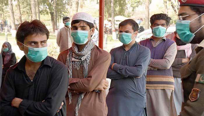پشاور، ایس اوپیز پر عمل نہ کرنے والے200 شہری گرفتار
