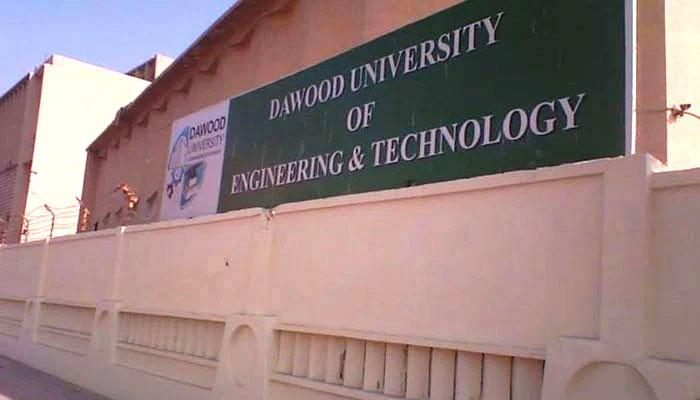 کراچی، داؤد انجینئرنگ یونیورسٹی میں کلاسز بند