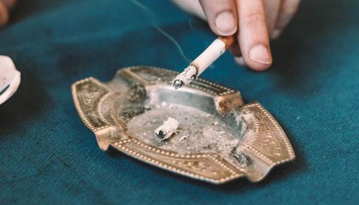 سگریٹ نوشی سے وضو ختم؟